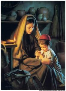 Jesús orando con su madre